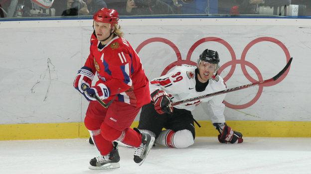 22 февраля 2006 года. Турин. Россия - Канада - 2:0. В игре Дарюс Каспарайтис. Фото Александр Вильф, -