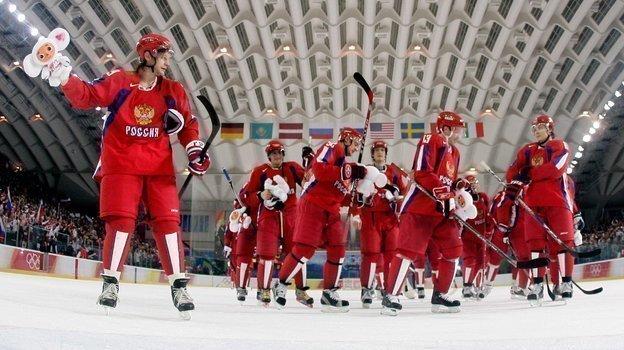Сборная России празднует победу над Канадой. Фото Reuters
