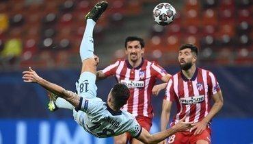 Гол Жиру через себя принес «Челси» победу над «Атлетико»