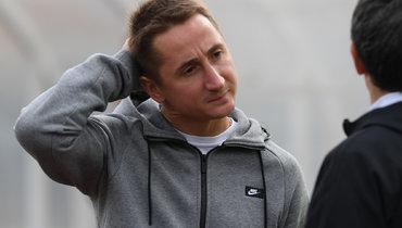 Главный тренер «Тамбова» непланировал приглашать вкоманду Быстрова иПавлюченко