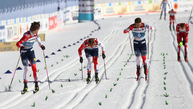 25февраля. Оберстдорф. Йоханнес Клебо (слева) выиграл спринт наЧМ. Фото Reuters