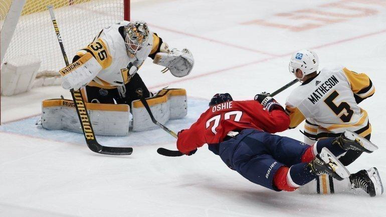 26февраля. «Вашингтон»— «Питтсбург»— 5:2. ТиДжей Оши забрасывает шайбу вворота соперника. Фото USA Today Sports