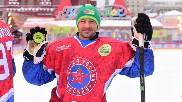 Дмитрий Сычев показывает, что спорт является нормой жизни.