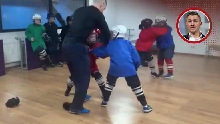 Тренировка вшколе Центра хоккейного мастерства.