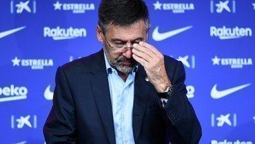 Экс-президент «Барселоны» Бартомеу проведет ночь вполицейском участке