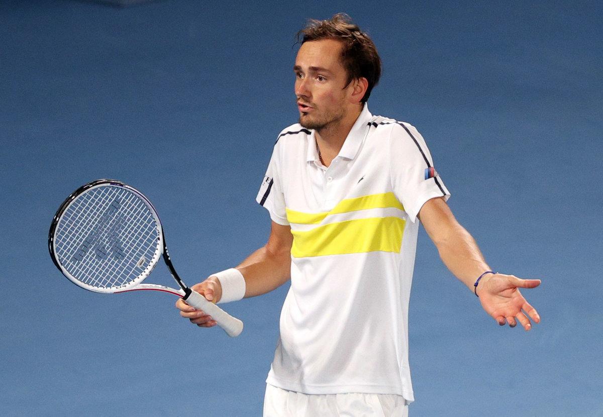 Медведев проиграл первыйже матч после Австралии. Даниил пока невформе