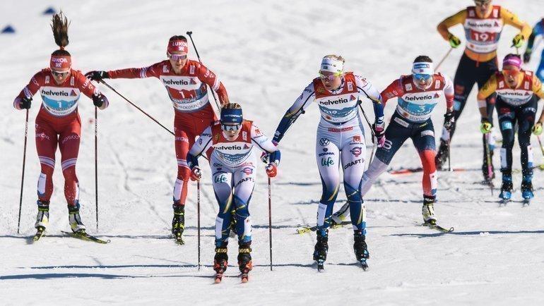 Женская эстафета вОберстдорфе. Фото vk.com/russianskiteam