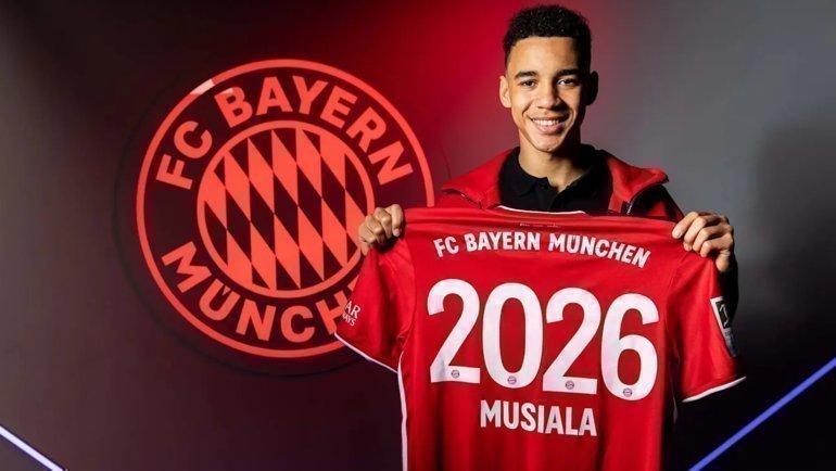 Джамал Мусиала. Фото ФК «Бавария», ТАСС