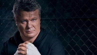 Тактаров предложил вручить Стерлингу «Оскар» после боя сЯном