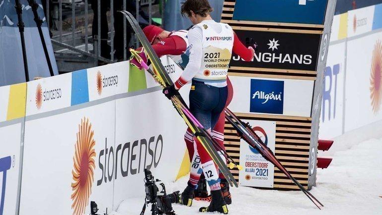 Йоханнес Клебо иАлександр Большунов. Фото AFP