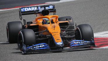 Риккардо стал лучшим вутренней части первого дня тестов «Формулы-1»