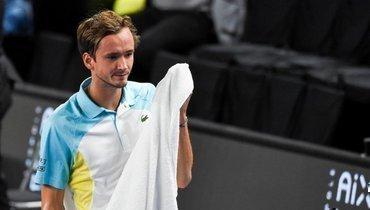 Медведев вышел вполуфинал турнира вМарселе