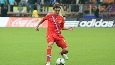 Источник назвал второго российского футболиста, подозреваемого ФИФА вприменении допинга