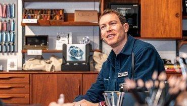 Бывший капитан сборной Швейцарии Лихтштайнер устроился работать назавод попроизводству часов