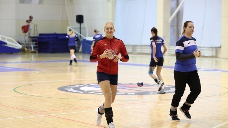 Тренировка женской сборной России погандболу. Фото Алексей Ерёмин / ФГР