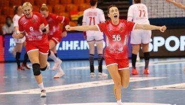 Женская сборная России погандболу обыграла команду Сербии вотборе наОлимпиаду.