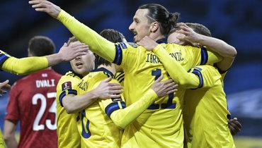 Классон забил победный гол спаса Ибрагимовича. Левандовски спас Польшу вбезумном матче сВенгрией