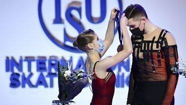 Церемония самообслуживания: Мишина иГаллямов— чемпионы мира