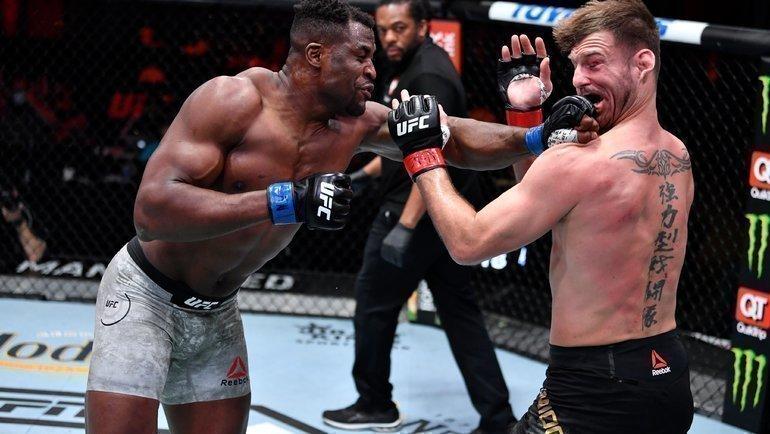 Нганну нокаутировал Миочича. Фото UFC