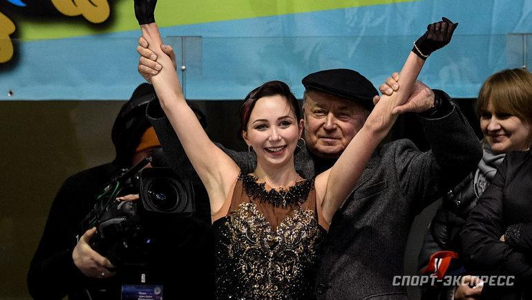 Мишин— главный тактикЧМ. Снимал Туктамышеву стренировки изапрещал давать интервью, ноэто привело куспеху