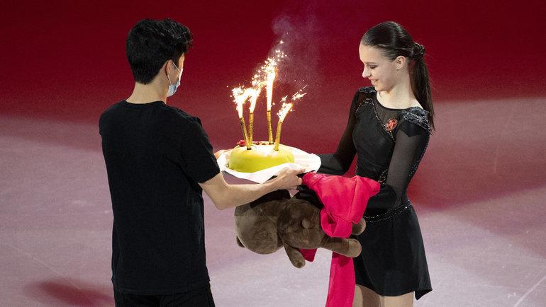 Гагарина спела новую песню, аЧен подарил Щербаковой торт. Каким был финалЧМ
