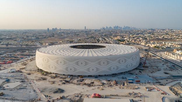 Как выглядят арены вКатаре за600 дней доЧМ-2022. Шатер, арабский головной убор истадион изконтейнеров
