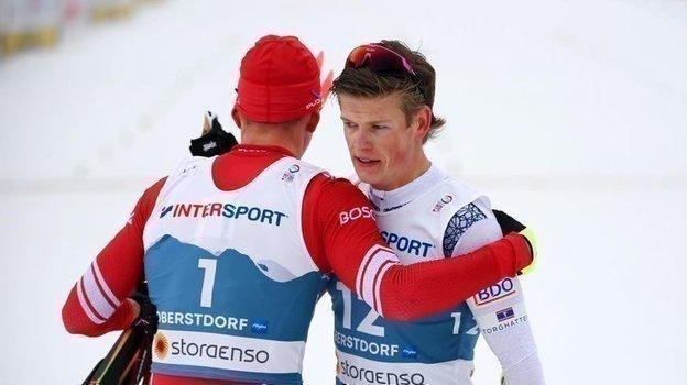 Александр Большунов и Йоханнес Клебо. Фото Reuters