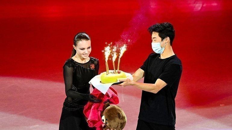 Анна Щербакова иНатан Чен. Фото Instagram