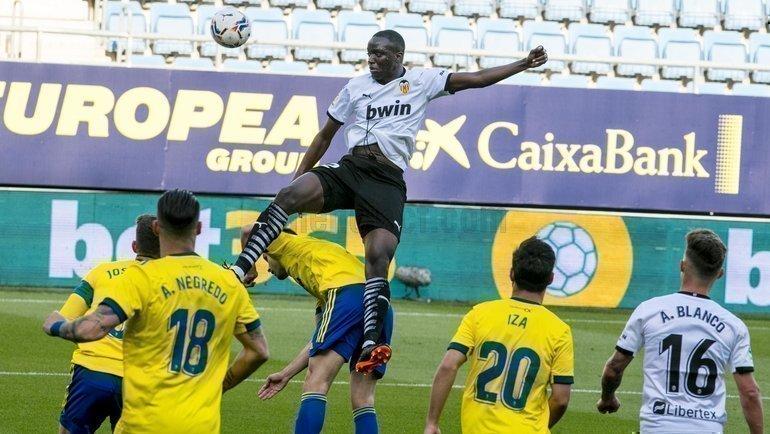 Матч «Кадис»— «Валенсия» прервали из-за расизма. Фото ФКВаленсия, Twitter