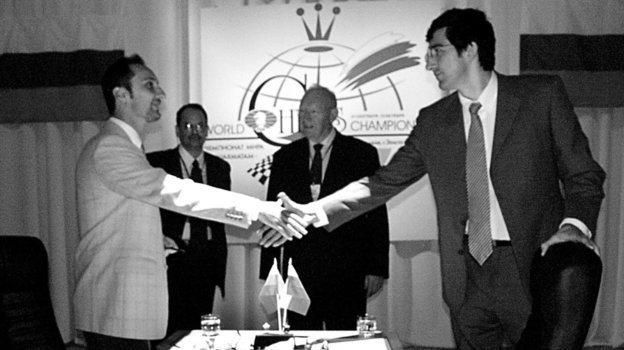 2октября 2006 года. Элиста. Веселин Топалов против Владимир Крамника. Фото Евгений Атаров
