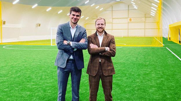 «Пока Гуллит тренировать нехочет». Интервью Тома Сауэра— голландца, который был переводчиком в «Тереке», апотом открыл вМоскве футбольную школу
