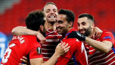 Команда Черышева проваливает сезон, афанаты ненавидят владельца. В «Валенсии» все плохо