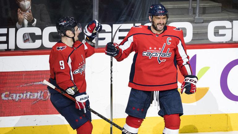 Овечкин— уже второй вистории НХЛ поголам вбольшинстве. Дорекорда осталось совсем чуть-чуть
