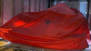 «Феррари» подарила Леклеру машину, накоторой тот одержал первые победы в «Формуле-1»
