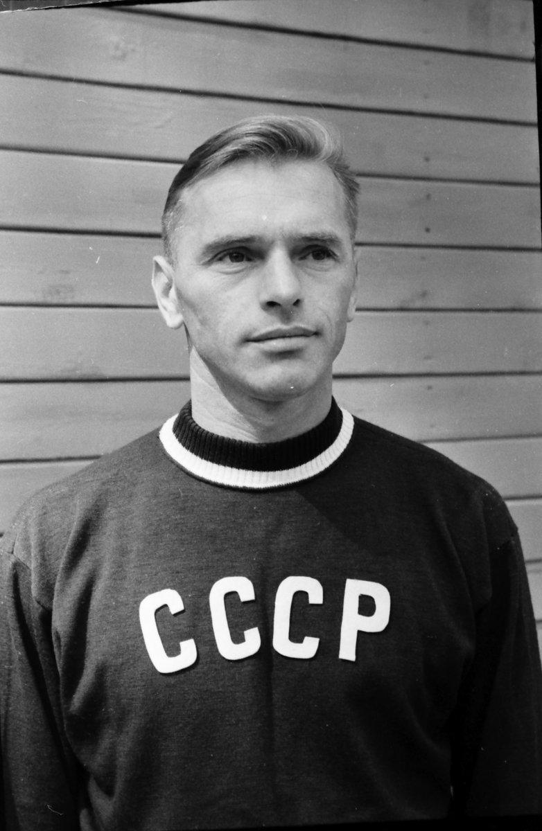 «Оннезатерялсябы исейчас». Великому волейболисту Константину Реве— 100 лет