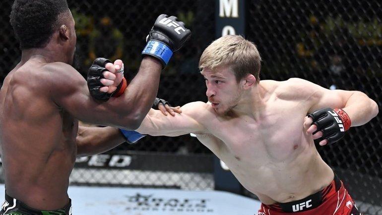 Аллен победил Юсуффа на UFC Fight Night. Фото UFC