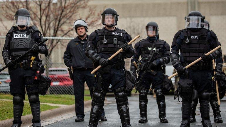 Матч команды Капризова отменили из-за убийства афроамериканца. ВМиннеаполисе массовые протесты ибеспорядке