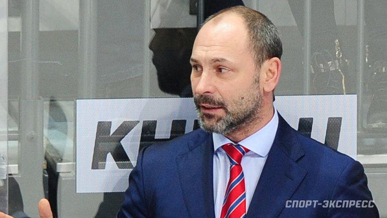 Легендарный защитник возглавил худший клуб КХЛ. Зачем Сергею Зубову рижское «Динамо»?