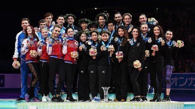 В2017-м году наWorld Team Trophy российские фигуристы заняли второе место. Фото facebook.com/isufigureskating
