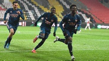 «Арсенал» навыезде разгромил «Славию» ивышел вполуфинал Лиги Европы