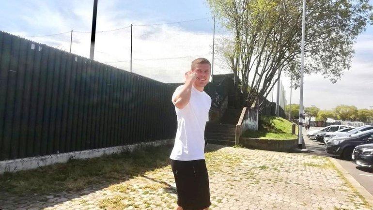 Александр Кокорин после сегодняшней тренировки. Фото firenzeviola.it/