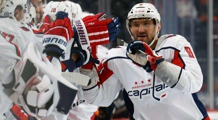 17апреля. «Филадельфия»— «Вашингтон»— 3:6. Овечкин отмечает заброшенную шайбу. Фото USA Today Sports
