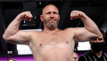 Харитонов дебютировал вкулачных боях спобеды нокаутом