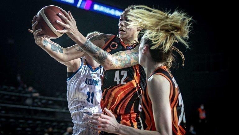 УГМК выиграл женскую Евролигу вшестой раз вистории. Фото twitter.com/EuroLeagueWomen