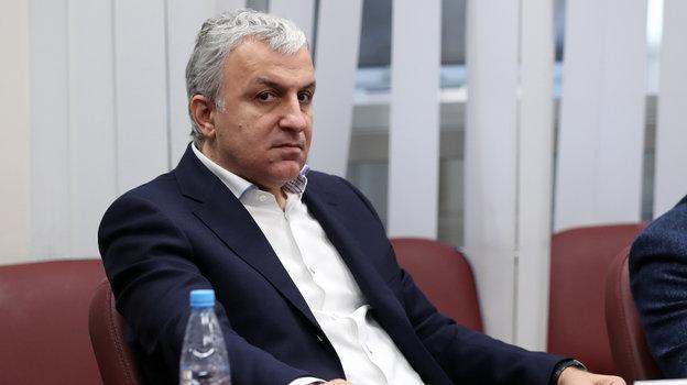 «Многие спонсоры немогут снами работать». Гендиректор «Ахмата» Ахмед Айдамиров рассказал, как клуб борется ссанкциями США