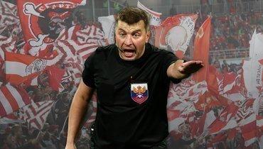 Михаил Вилков пожизненно отстранен отработы наматчах вРоссии.