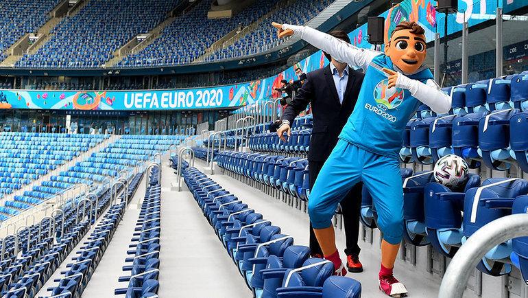 «Газпром-Арена» готова принимать матчи. Фото AFP