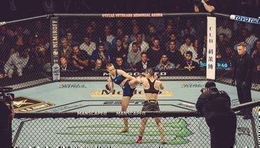 Намаюнас нокаутировала Чжан навторой минуте всо-главном бою UFC 261: видео