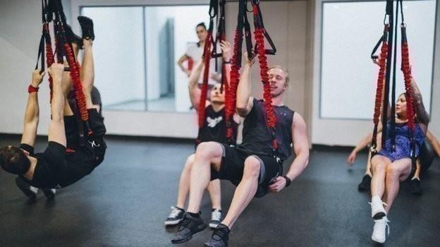 Банджи фитнес в действии. Фото Колледж им. Бена Вейдера