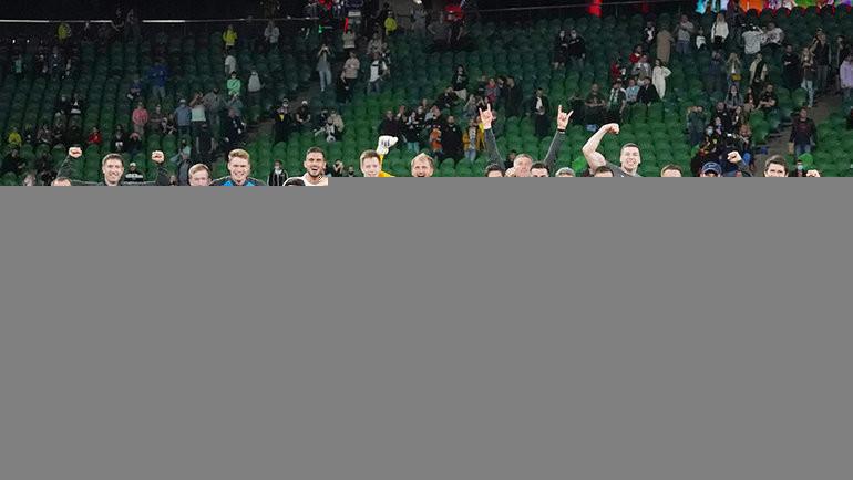 Футболисты «Сочи» после победы над «Краснодаром». Фото ФК «Сочи»